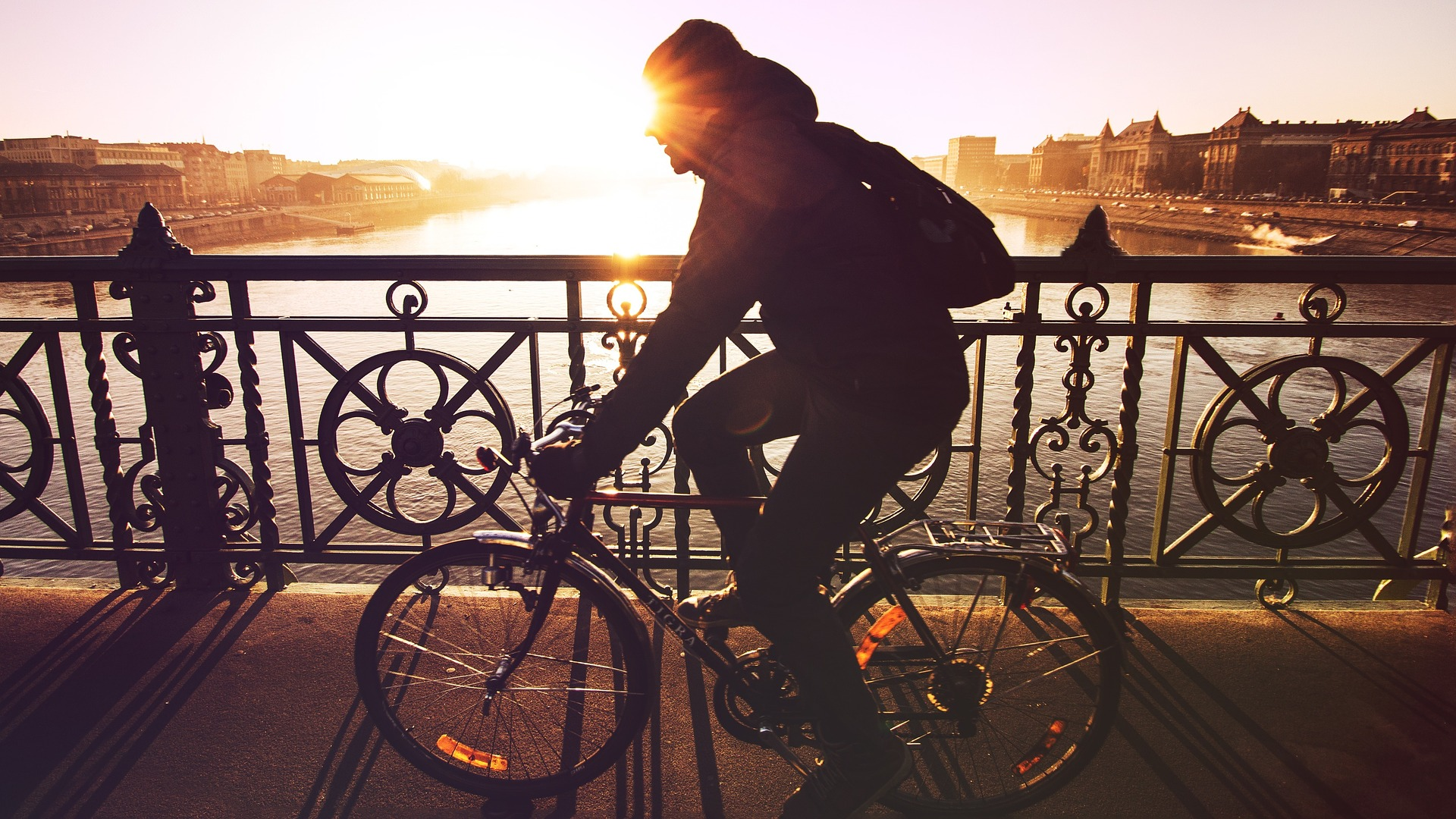 cycling-can-reduce-stress-hormones